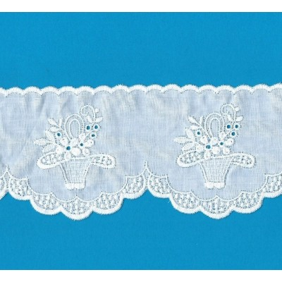 EYELET BRAIDED LACE WIDE CM.7.5 PACK MT.13.60 ART.52510
