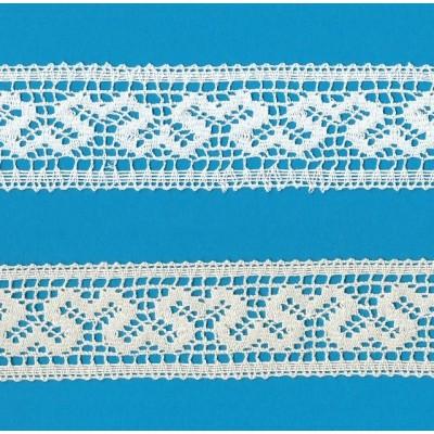 Dentelle aux fuseaux Entredeux avec motif géométrique Hauteur cm.4 Paquet mt.10 Art.1356