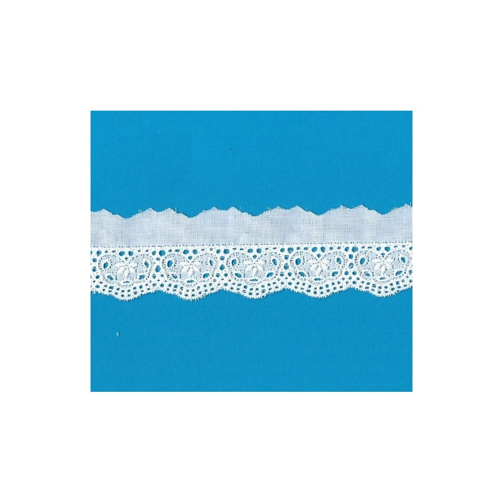 Eyelet Braided Cotton Lace width cm.4.5 pack mt.13.60 Art.51073