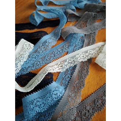 Elastic lace ribbon scalloped width cm.1.5 pack mt.20