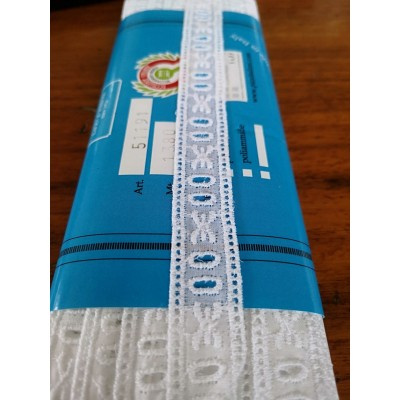 Eyelet Braided Cotton Lace width cm.1.8 pack mt.13.80 Art.51191