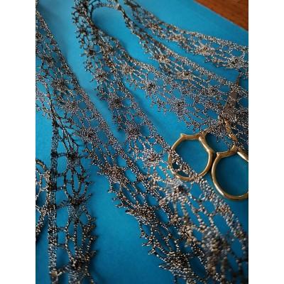 Pizzo smerlo dorato merletto tombolo oro altezza cm.2 mt.10 Art.1565me2