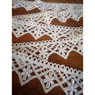 Macrame Cotton Lace Ivory width cm.3 pack MT.7.20