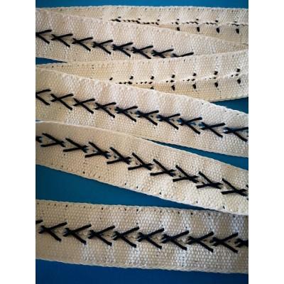 Pizzo tombolo tramezzo merletto fettuccia nastro cotone altezza cm.3.8 pezza da mt.10 art.1585
