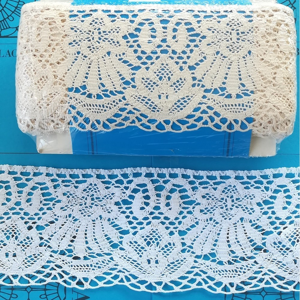 Cotton Scalloped Bobbin Lace with floral pattern Width cm.12 pack mt.10 Art.1654