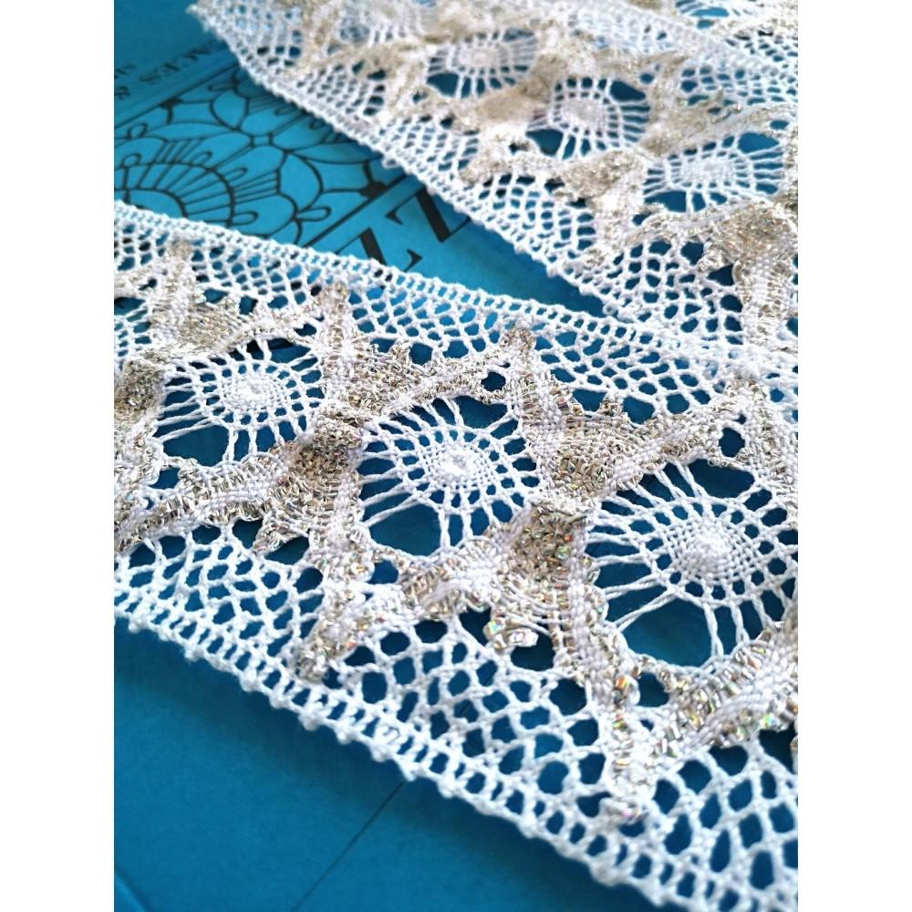 Encaje de Bolillos Entredos de algodón con motivo geométrico Alto cm.8.5 Pieza mt.10 Art.1830