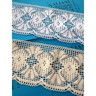 Scalloped Bobbin Lace with floral motif Height cm.15 Piece mt.10 Art.1439