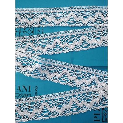 Encaje de Bolillos Puntiagudo de algodón con motivo geométrico Alto cm.6.5 Pieza mt.10 Art.1985